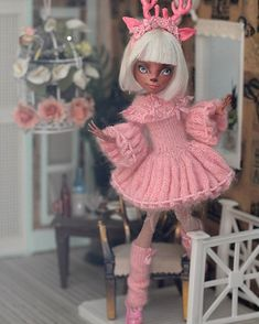 #monsterhigh #dollstagram #dolls #монстрхай #ooak #хобби #рисую #ооак #куклы #monsterhighrepaint #monsterhighooak #art #artdoll#monsterhighisi Custom Monster High Dolls, Monster High Repaint, Knit Fashion, Fashion Dolls, Clothes Crafts, Doll Clothes, Doll Repaint, Knitted Dolls, Ball Jointed Dolls