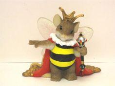 charming-tails-queen-bee.jpg 500×375 pixels