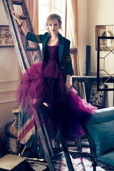 Emma watson em editorial lindo para a Teen Vogue alguns anos atras.