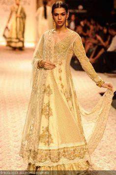 Lengha by Ritu Kumar at Lakme Fashion Week (LFW) Winter/Festive 2013 Pakistani Bridal Wear, Pakistani Outfits, Indian Outfits, Indian Clothes, Traditional Fashion, Traditional Outfits, White Wedding Dresses, Bridal Dresses, Ritu Kumar