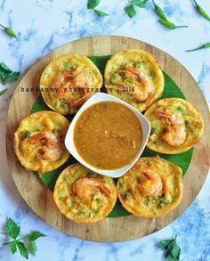 Bakwan Sayur Udang by Hanhanny - Resep Aneka Jajan Pasar Snack Recipes, Cooking Recipes, Snacks, Indonesian Cuisine, Indonesian Recipes, Asian Recipes, Ethnic Recipes, Oatmeal Muffins, Fritters