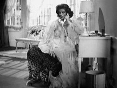 "Katherine Hepburn and Nissa the leopard in ""Bringing Up Baby"" (1938). Delightful gif"