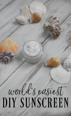 Did you know you can make the world\'s easiest diy sunscreen with just 2 ingredinets? It has a 20 SPF and it takes seconds to make! #sunscreen #diyskincare #naturalsunscreen #easy