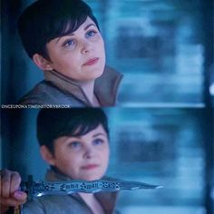 SNOW STOLE THAT DAGGER FROM CHARMING LIKE A STRAIGHT SAVAGE AND I LIKE IT TEAM SNOW YO