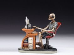 49b7c8434d0 SKELETON AT DESK   COMPUTER TABLE SKULL FIGURINE STATUE HALLOWEEN