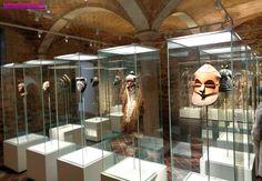 """OMuseu de Culturas do Mundo (Museu de Cultures del Món, em catalão)foi inaugurado em 7 de fevereiro com um belo acervo arqueológico da África, Ásia, América e Oceania. Até dia 7 de abril a entrada é gratuita. O museu está alocado nos dois prédios góticos Nadal e Marqués de Llió e fica bem em frente...<br /><a class=""""more-link"""" href=""""https://catracalivre.com.br/geral/viagem-acessivel/indicacao/novo-museu-em-barcelona-tem-entrada-gratuita-ate-7-de-abril/"""">Continue lendo »</a>"""