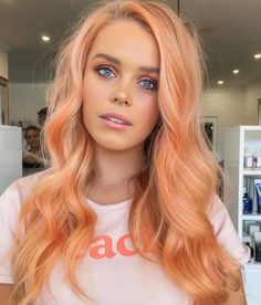 Best hair extensions companies – My hair and beauty Pastel Orange Hair, Peach Hair Colors, Coral Hair, Blorange Hair, Halo Hair, Dye My Hair, Apricot Hair, Hair Extensions Best, Colorful Hair