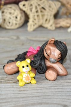 Genuine and original polymer clay sculpture designed and handmade with love by Elisabete Santos  #sweetfriendses #handmade #art #ponies #pony #horse #horses #sculpture #cute #lovely #original #artcollections #horsecollections #polymerclayartist #polymerclaycreations #polymerclayart #polymerclaysculpture #artwork #mlp Cute Polymer Clay, Cute Clay, Polymer Clay Crafts, Handmade Polymer Clay, Handmade Art, Polymer Clay Sculptures, Polymer Clay Creations, Happy Fox, How To Make Clay