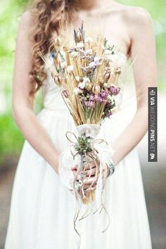 Cool - Colorful autumn, eco-friendly wedding   The Frosted Petticoat Blog   CHECK OUT MORE IDEAS AT WEDDINGPINS.NET   #weddings #rustic #rusticwedding #rusticweddings #weddingplanning #coolideas #events #forweddings #vintage #romance #beauty #planners #weddingdecor #vintagewedding #eventplanners #weddingornaments #weddingcake #brides #grooms #weddinginvitations