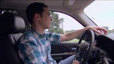 Babe looking good behind the wheel ❤️ The Big Band Theory, Big Bang Theory, Mayim Bialik, Jim Parsons, Julie Andrews, A Star Is Born, Bigbang, Bangs, Fangirl