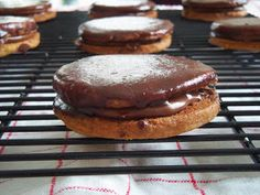 Simply Romanesco: Nutella Filled Cookies