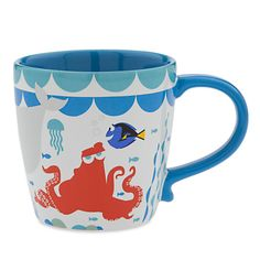 ]You won't have trouble finding Dory on this novel mug, but Hank the octopus will disappear when the mug is filled with hot liquid. When things cool down, he'll rejoin the rest of the cast of the Disney Disney Coffee Mugs, Cute Coffee Mugs, Cool Mugs, Coffee Cups, Tea Mugs, Disney Finding Dory, Finding Nemo, Disney Pixar, Coffee Mug Display