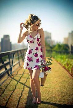 Modernos vestidos de moda con flores