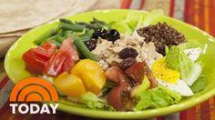 Al Makes Nicoise-Style Tuna And Quinoa Salad