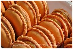 Caramel Macaroons | Journal of a French Foodie Salted Caramel Macaron, Macaron Recipe, Snack Recipes, Snacks, Macaroons, Sweet Tooth, Chips, June, Journal