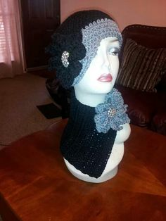 BluiThreads Creations Flapper hat and neck warmer