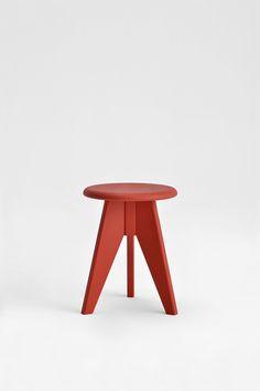 sgabello 2500 in legno faggio e frassino massiccio colore rosso per interno arredo moderno di desi