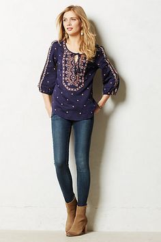 Love this top.  Casual, yet pretty and feminine in a non over dressy sort of way.