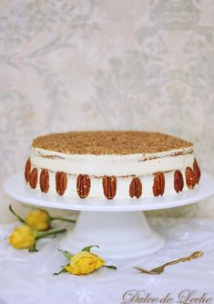 Dulce de Leche: Najšťavnatejšia mrkvová torta Vanilla Cake, Tiramisu, Ethnic Recipes, Desserts, Food, Stitch, Dulce De Leche, Sweets, Fotografia