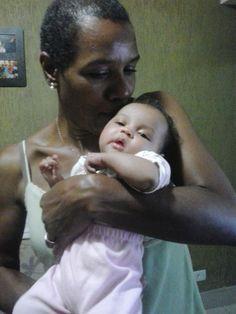 Como o bebe Isadora, da tia Zéza tem um cherinho booom,
