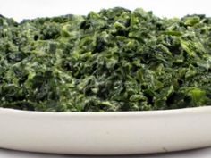 Rich and Dreamy, Skinny Creamed Spinach with Weight Watchers Points | Skinny Kitchen