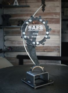 Custom metal trophy : ) Glass Trophies, Custom Trophies, Trophy Base, Acrylic Awards, Cnc Plasma, Custom Metal, Laser Engraving, Diy And Crafts, Projects To Try