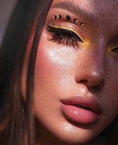 colourpop uh huh honey palette looks \ uh huh honey colourpop looks , uh huh honey colourpop looks step by step , colourpop eyeshadow looks uh huh honey , colourpop uh huh honey palette looks Indie Makeup, Edgy Makeup, Makeup Eye Looks, Eye Makeup Art, Crazy Makeup, Cute Makeup, Pretty Makeup, Skin Makeup, Makeup Inspo