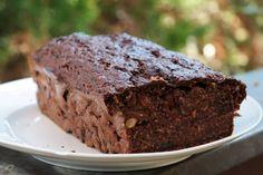 Kakaós-cukkinis sütemény | Forján Petra oldala Food And Drink, Health Fitness, Petra, Drinks, Desserts, Recipes, Yogurt, Drinking, Tailgate Desserts