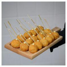 Our Famous Hors d'oeuvre of the Month:  Mini Crab Cake Lollipop, Lemon Aioli @thegrandluxeeventboutique