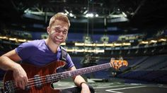 One Direction bassist Sandy Beales on playing with the biggest band in the world Freaking Hilarious, Louis Tomlinson, One Direction, Things To Think About, How To Look Better, Band, Guys, World, Life