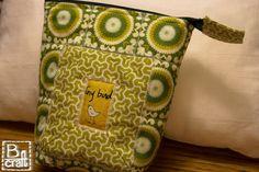"""""""Tiny bird"""" cosmetic bag"""