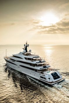 "CRN 74m M/Y Cloud 9: fully inspired by the ""Made by YOU with our hands"" philosophy. #yachts #yacht #superyachts #style"