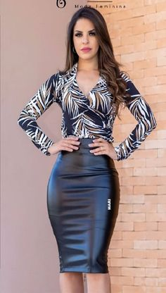 Korean Fashion Tips .Korean Fashion Tips Classy Work Outfits, Casual Outfits, Tight Dresses, Nice Dresses, Modest Fashion, Fashion Dresses, Pencil Skirt Outfits, Elegant Outfit, Mode Outfits