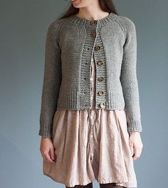 Ravelry: Ramona Cardigan pattern by Elizabeth Smith. Seamless, top-down raglan using aran/bulky-weight yarn.