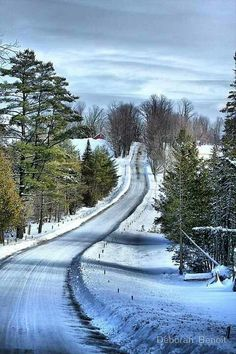 Country road in the winter ~ VT