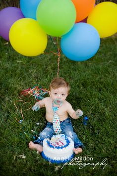 Angela Mildon Photography | Las Vegas Child Photographer | 1 Year Portraits | Cake Smash Session