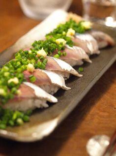 秋刀魚の握り寿司