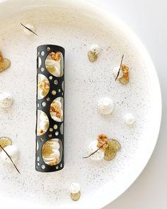 360 mentions J'aime, 8 commentaires – Julien Dugourd (@julien.dugourd) sur Instagram : « Testing 100% vanille !! #eze #monaco #testing #vanille #tropbon #kiff #team #dessert #gourmand… »