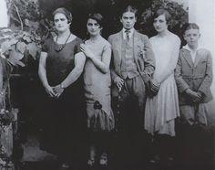 Frida Khalo disfrazada de muchacho