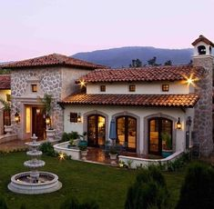 70 Most Popular Dream House Exterior Design Ideas is part of Modern architecture Facade House Plans - 70 Most Popular Dream House Exterior Design Ideas Hacienda Style Homes, Spanish Style Homes, Mexican Style Homes, Spanish Colonial, Spanish House Design, Hacienda Kitchen, Fachada Colonial, Mexico House, Design Exterior