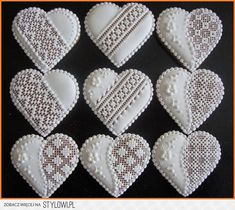 Gingerbread Cookies with Royal Lace Icing #heart #Valentines'