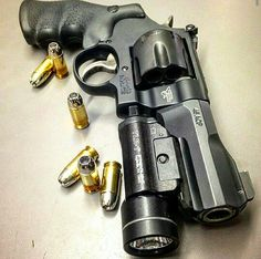 Smith & Wesson M325 (40ACP) Find our speedloader now!  http://www.amazon.com/shops/raeind