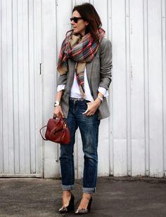 Ela pode ser pouco feminina, mas vai conquistar seu próximo look. O assunto é a calça baggy, um modelo que lembra a polêmica saruel, mas não se engane! A baggy é cool, confortável e ainda pode ser …