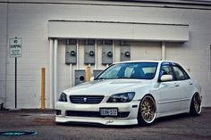 Lexus IS300 Stance