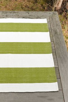 Dash & Albert - Lakehouse Sprout/White Indoor/Outdoor