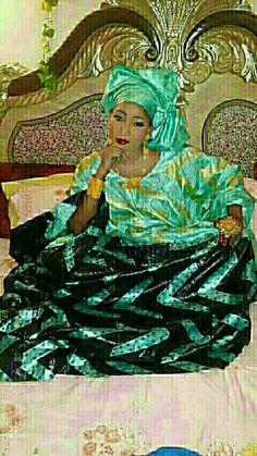 Bazin riche peinture African Bridesmaid Dresses, African Wedding Dress, African Dresses For Women, African Wear, African Fashion Dresses, African Women, African Print Fashion, Africa Fashion, Latest African Styles