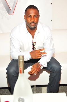 Idris Elba.... yum!