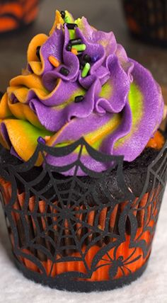 Halloween Cupcakes Will Be Surrounding Our Fun And Colorful Cake On The Spooky Cake Table For