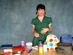 Natalie goes over the top 5 items you'll need to build a waste-free lunch kit. Save money, cut back on waste and watch your waist line with reusable containers, water bottles and more.