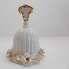 Collezioni Bomboniere e segnaposto Porcellana per il Matrimonio. Vase, Decor, Flowers, Decoration, Vases, Decorating, Deco, Jars